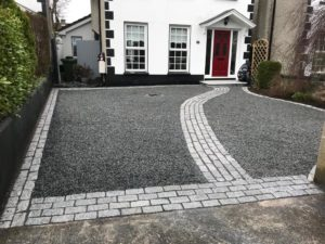 How to Choose the Right Driveway Paving Contractor