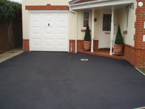 How to Calculate the Cost of Tarmac Driveways in Ireland