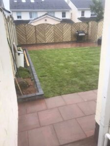 🚧Curragh Gold Patio with V Arch Fencing