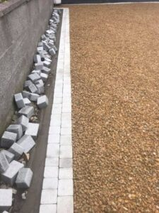 Gravel driveway with footpath 5